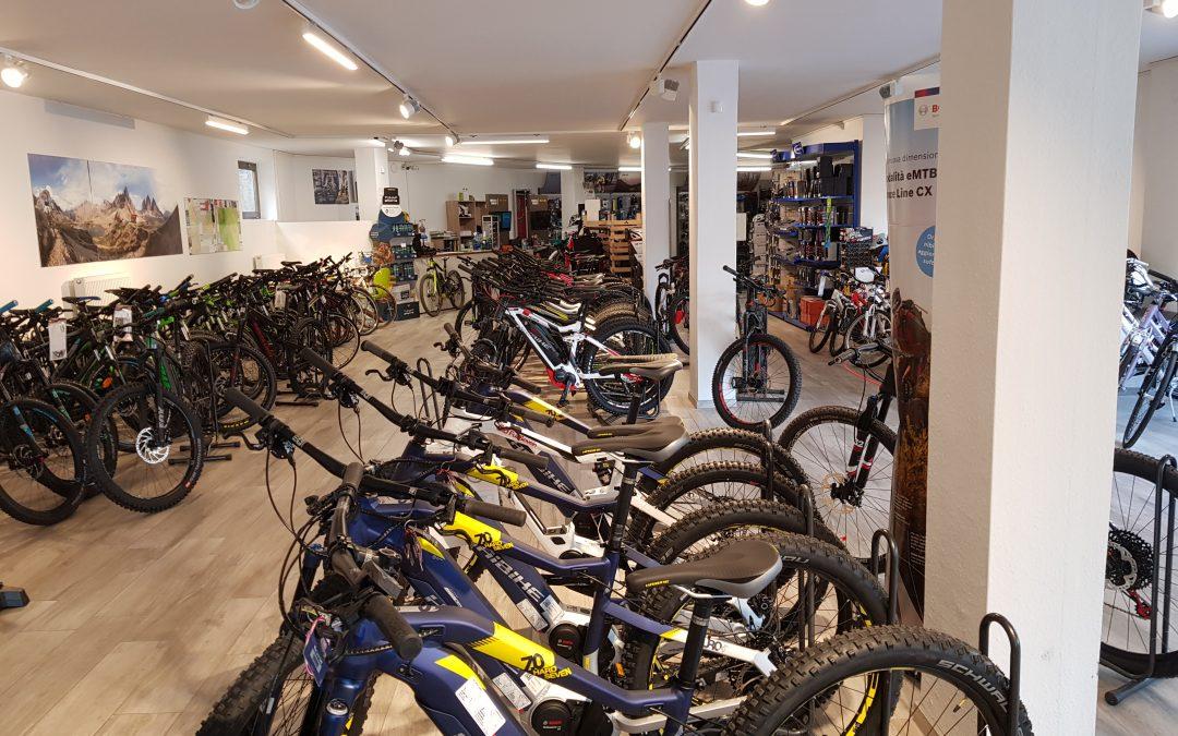 Fahrrad Mechaniker/in oder Verkäufer/in gesucht!